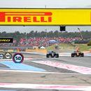 F1 W12 губи по 0,350 сек на правите от RB16B според Хамилтън
