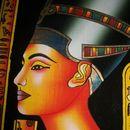 Учени пресъздават парфюма на Клеопатра отпреди две хиляди години
