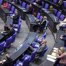 Бундестагът гласува впечатляващ спасителен пакет от 1,1 трилиона евро