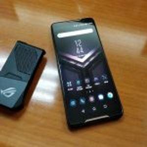 ASUS создаде телефон со бесконечна енергија