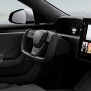 Колку е безбеден новиот волан на Тесла: Има сериозни ризици при возењето