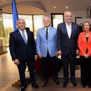 Балкански премиери: Харадинај со највисока, а Брнабиќ со најниска плата