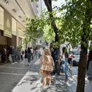Грција: По пауза од два месеца повторно се отвораат продавниците