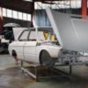 В Южна Африка спасяват едно от най-редките BMW Серия 5 в историята