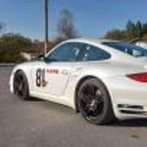 Оказа се, че това Porsche 997 Turbo, което карахме, е направено 650 коня от Тони Келеша