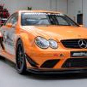 Това е единственият Mercedes-Benz CLK DTM AMG с 6,2 V8. Искат му 595 000 евро