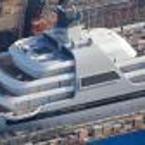 Вижте за първи път новата яхта на Абрамович за 500 млн. евро