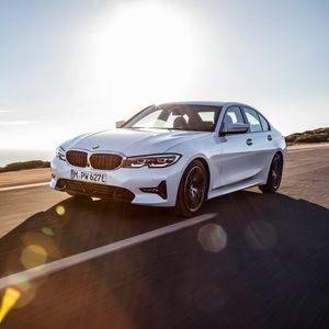 BMW го претстави новиот 330е Plug-in Hybrid / ФОТО