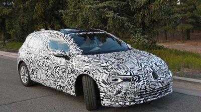 2020 VW Golf ентериер: Заборавете на рендерите, ова се реални фотографии
