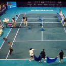 ВИДЕО: Ова сигурно не сте го виделе, вака во Кина се сушат тениски терени