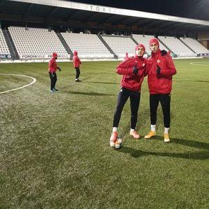 Чурлинов и другарите тренираат на снег во Торшавн