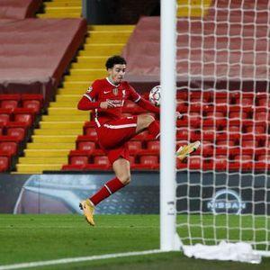 Џонс му го осигура првото место на Ливерпул, Сити ремизираше со Порто
