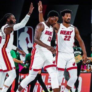 """Мајами се врати од """"минус 17"""" и поведе со 2-0 во финалето на Истокот"""