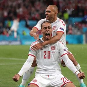 Данците одиграа за Ериксен: Супер-победа над Русија за осминафинале