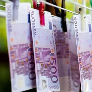 """ЕУ има проблем со """"валканите пари"""""""