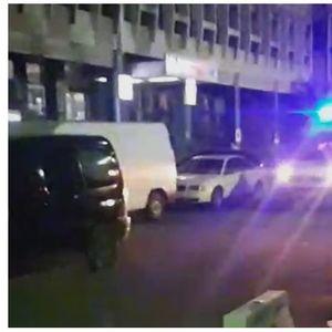 """Затворската полиција го блокира влезот на ГОБ """"8-ми Септември"""", итни случаи се препраќаат на клиника"""
