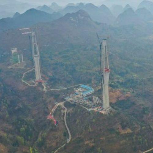 Вака Кинезите градат мостови: Патнички гигант кој го воодушевил светот!