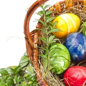Трик за ефект на мермер на јајцата: Велигденско украсување со намирница која секој ја има во својот фрижидер