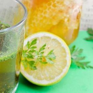 (Рецепт) Народна медицина – Го чисти црниот дроб, исфрлува камен од бубрезите: Овој чај ќе ви го спаси (олесни) животот!
