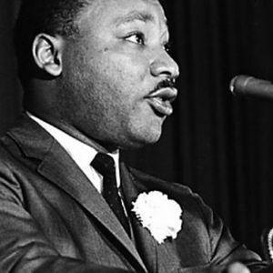 """СОНУВАЛ ЗА ОБЕДИНУВАЊЕ НА ЧОВЕШТВОТО: """"Се одлучив за љубов, омразата е преголем товар"""" – Најјаките цитати на Мартин Лутер Кинг"""