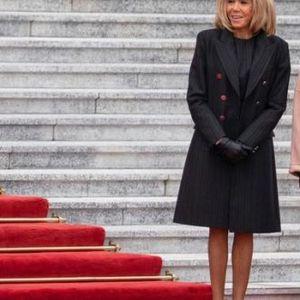 Вака на есен се облекува вистинска Французинка!