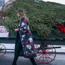 (ФОТО) ЛУКСУЗ КАКО ОД БАЈКИТЕ: Погледнете како Меланија Трамп ја украсила Белата куќа во пресрет на празниците!