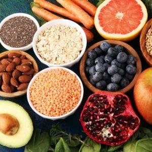 Која е врската помеѓу храната и функциите на мозокот: Овие намирници позитивно влијаат на размислувањето!