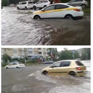 УРАГАН ЈА ОПУСТОШИЛ МОСКВА:Руската престолнина на удар на големо невреме – многу улици станале реки!