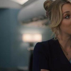 """Новата серија на Кајли Куоко, """"Стрјуардеса"""", простигнала на HBO GO"""