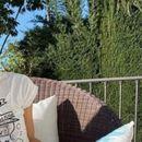 """(ФОТО) Јелена Ѓоковиќ на американски новинар му ја """"поправила"""" пофалбата за Рафа"""