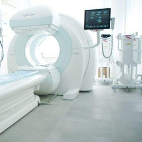 МЗ: Во Клиничката болница во Битола ставен во употреба нов апарат SPECT-CT гама камера – за функционални испитувања на бубрезите!