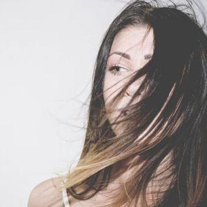 (ФОТО) Ова се фризури кои даваат ВОЛУМЕН: Ако имате ТЕНКО ВЛАКНО истрижете се ВАКА!