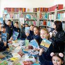 """ТРИ донираше книги на школската библиотека во ООУ """"Крум Тошев"""""""
