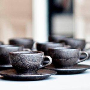 (ВИДЕО) Берлинска компанија рециклира кафе и од него прави шолји