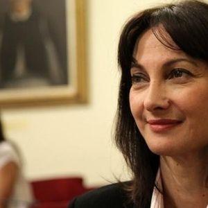 Важи за една од најубавите грчки жени, а Каменос ја исклучи од партија зошто го спасува Преспанскиот договор