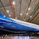 Најголемиот авион на светот ќе лета од идната година