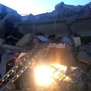 ЕДЕН ОД НАЈГОЛЕМИТЕ ПРОБЛЕМИ ВО АЛБАНИЈА: Зошто зградите од земјотресот се урнаа како кула од карти?