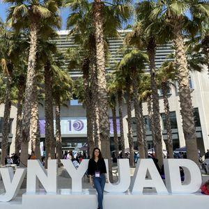 Матурантката Хана Селмани ќе учи на Њујорк универзитетот во Абу Даби со целосна стипендија
