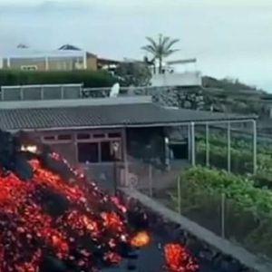 ЛУЃЕТО ГО ТОВАРАТ МЕБЕЛОТ: Најмалку 200 куќи се уништени на Канарските острови