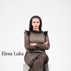 """Фантазија во сите облици – прекрасна """"plus size"""" колекција од Елена Лука"""