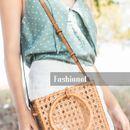 Must have: Кој вели дека на есен не се носи сламена чанта?