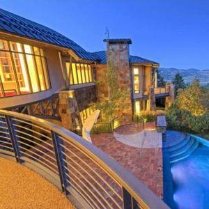 Погледнете го домот на Мајкл Џордан во Јута