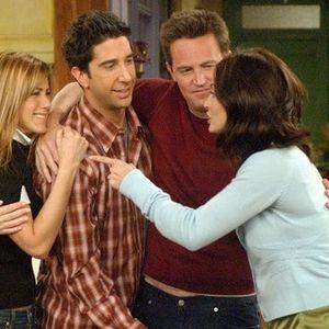 """Едвај чекаме: После 16 години повторно ќе се снимаат """"Пријатели""""!"""