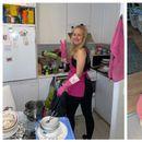 Ангелот со ракавици за чистење: Девојка бесплатно чисти туѓи домови од задоволство
