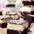 Викенд рецепт: Коцки од чоколадо и кокос за вистинско освежување