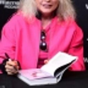 Деби Хари фраерка и на 74 години!