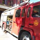 Пожар зафати неколку бараки во близина на спортско-рекреативниот центар во Тетово
