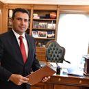 Заев пристигна во Белград, утре средба со Вучиќ и Рама