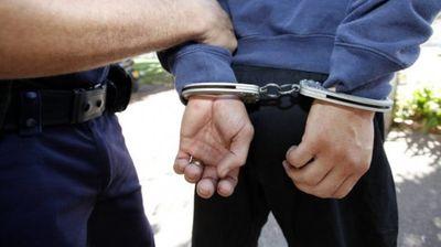 Македонец во Србија заглави во притвор за поседување нелегално оружје