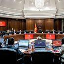 Со закон ќе се разграничат политички избраните функционери и администрацијата